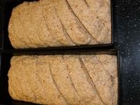 deeg in bakvorm natuurlijker brood