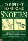 'Compleet handboek snoeien' - Lewis Hill